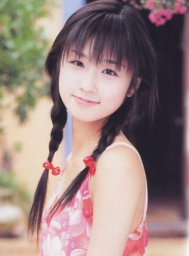 小倉優子黒髪写真