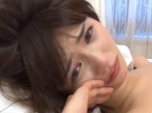 麻生希の泣き顔1