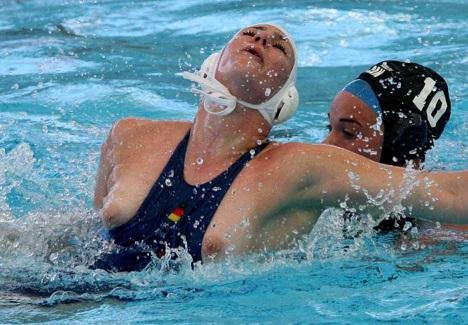 水球選手 エロ画像5